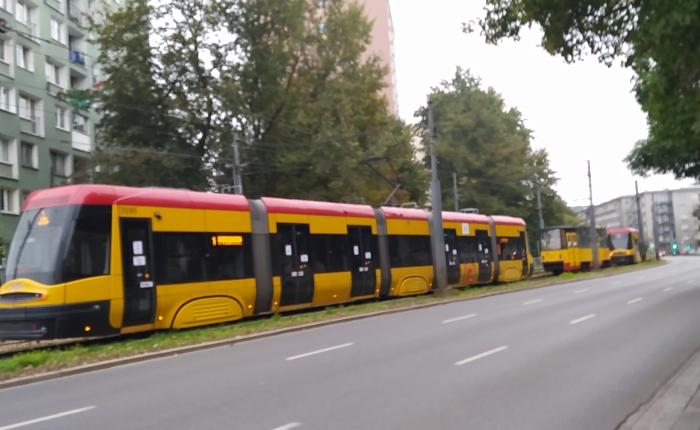Using Jakdojade Mobile App For Warsaw PublicTransportation